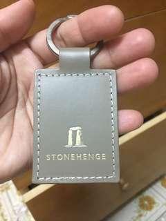 購自英國巨石柱群(巨石陣)皮革質地匙扣