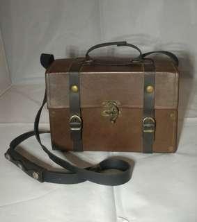 Tas Box Vintage Brown Leather