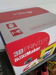 BRAND NEW XYZ PRINTING 3D PRINTER MINI-MAKER