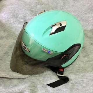 🚚 湖水綠4分之3罩式安全帽
