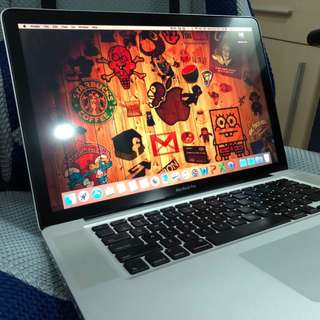 MacBook Pro (15 inch 2.53 GHz Mid 2009) Free VGA wire (Price Negotiable)