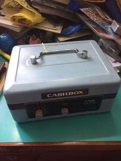CARL 小錢箱
