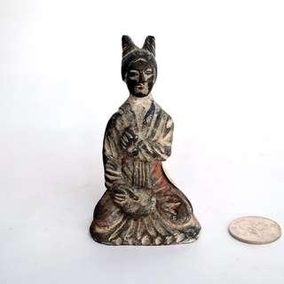 【唐代】– 黑陶雙卷發髻仕女俑