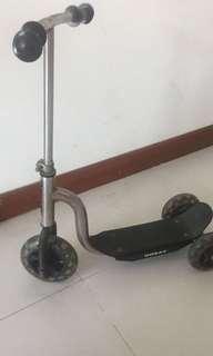 Kids skate scooter