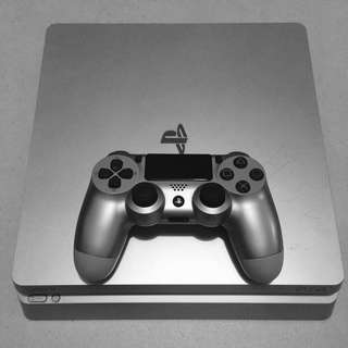 PS4 Slim Limited Edition Silver 500gb