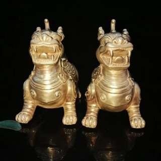 中國瓷器 清雍正雕刻金獸香薰爐