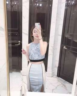🚚 名媛風藍色露背蕾絲短上衣+合身包臀開岔裙