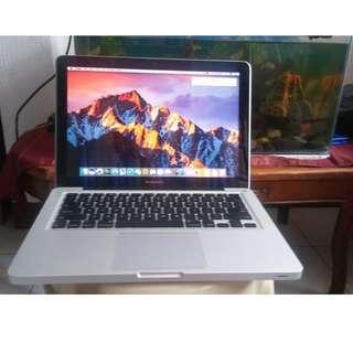 Apple macbook pro core i5 rush