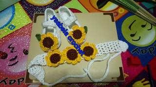 Crochet shoes and headband