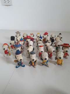 27pcs snoopy collectibles