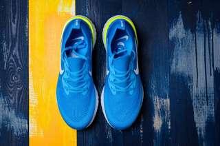 Nike Epic React Flyknit 瑞亞 泡沫顆粒超輕透氣跑步鞋