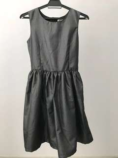 🆓Postage* NEW H&M Girls Dress #July70