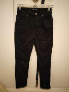 Glassons size 6 cropped jeans