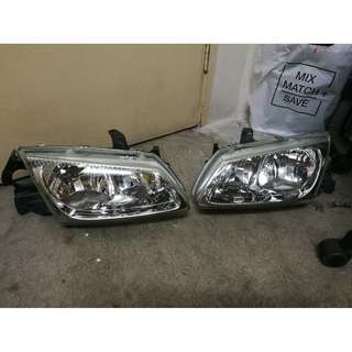 Nissan Sentra N16 Headlamp Set