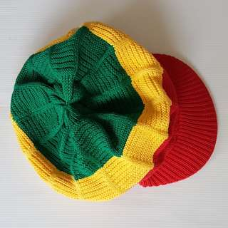 🚚 Retro Style, Vintage Fashion, Rare Reggae Cap, in Jamaica Colours, Red, Yellow, Green, Bob Marley styled, Street Fashion, Hippies, Hip-Hop, Rock Stars, Fashionable, Stylish, Elegant, Original