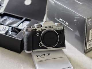 Fujifilm xt2 silver graphite body only