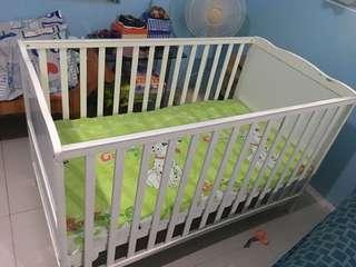 "Dwelling Wooden Crib ""White"""