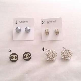 Anting earrings