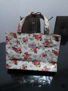 On Hand Cath Kidston Spotty open bag