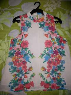 forever21 floral sleeveless blouse
