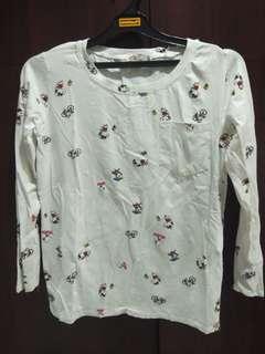 Kaos Lengan Panjang Putih Motif Snoopy