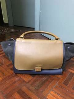 AUTHENTIC USED Celine Trapeze Medium