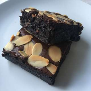 PREMIUM brownies ( melting inside!! )