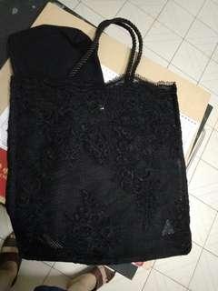 女裝孭袋。