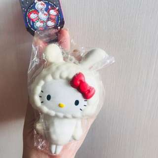 hello kitty squishy