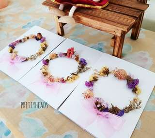 Wreath real flowers cards