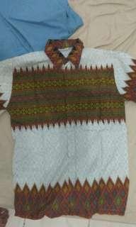 Kemeja batik pria lengan pendek putih merah white shirt