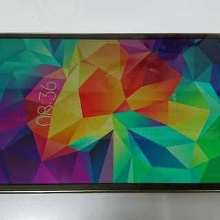 有毛病的Samsung Galaxy Tab S 8.4 Wifi (SM-T700)平板電腦