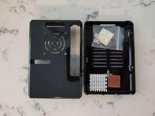 Raspberry Pi 3 B + Case with Heatsinks