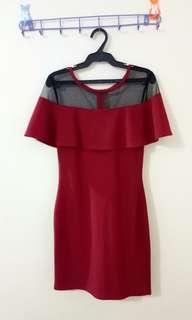 Dress with offshoulder/mesh details