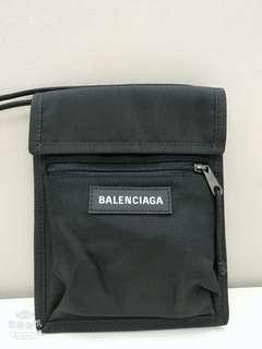 Balenciaga Logo-Detailed Canvas Messenger Bag 巴黎世家黑色斜孭袋