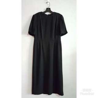 《壓箱寶》黑色基本好穿搭洋裝