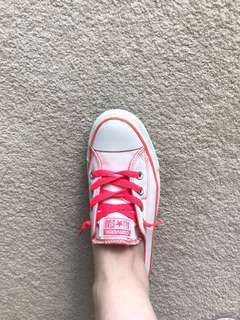 Converse White and Pink AU8