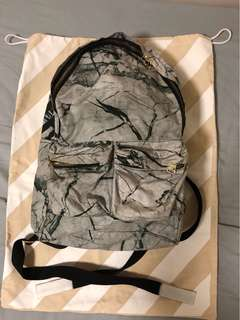 Off White backpack 背包 背囊