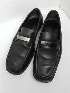 Authentic Gucci leather formal meh shoes