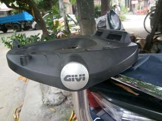 HEAVY DUTY STAINLESS BRACKET AND HEAVY DUTY GIVI PLATE
