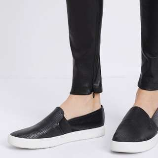 Vince Leather Slip-on Sneakers / Shoes