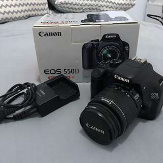 Canon 550D EF-S 18-55 IS II KIT