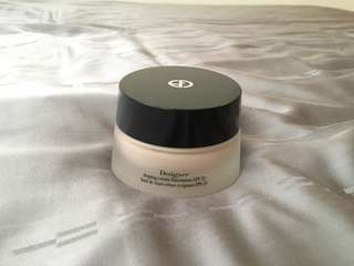Designer shaping cream foundation