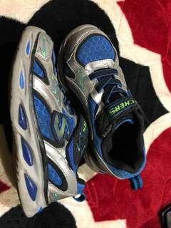 skechers kid shoe
