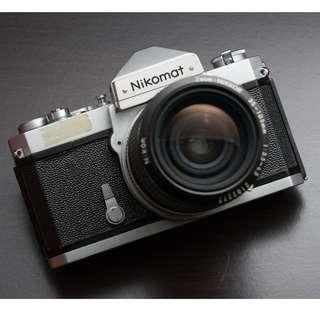 Nikomat FTN with 35~105mm f/3.5-4.5