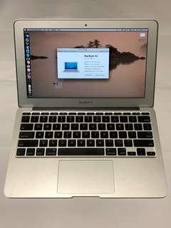 "Macbook air 11"" mid 2011 64gb 2GB RAM"