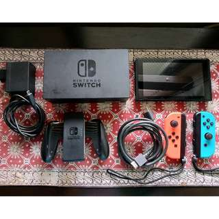 Nintendo Switch w/ Orig Accesories