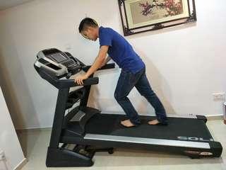 SOLE treadmill F85