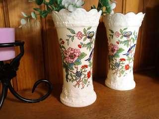 🚚 英國製Aynsley安茲麗Pembroke古考斯玫瑰系列花鳥景緻浮雕花邊描金花瓶