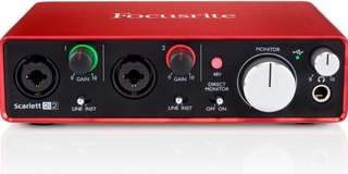 🚚 Focusrite 2i2 2 gen bought from UK brand new free shipping